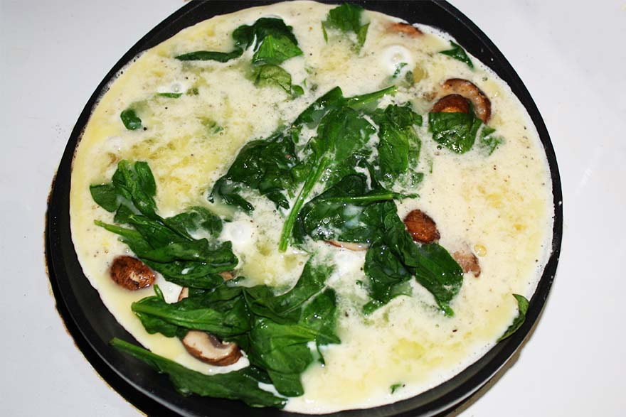 eggs_cremini_mushrooms_spinach