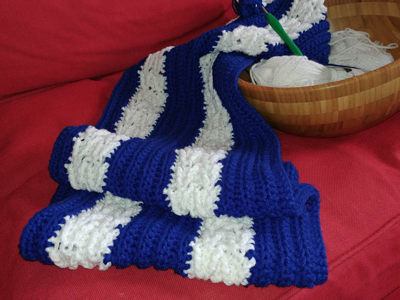 Herringbone Afghan in Maple Leafs colours
